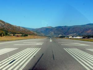 The runway at Colorado's Aspen/Pitkin County airport.