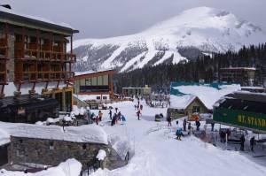 The Sunshine Mountain Lodge, and Goat's Eye Mountain beyond. (photo: FTO/Kevin Gawenus)