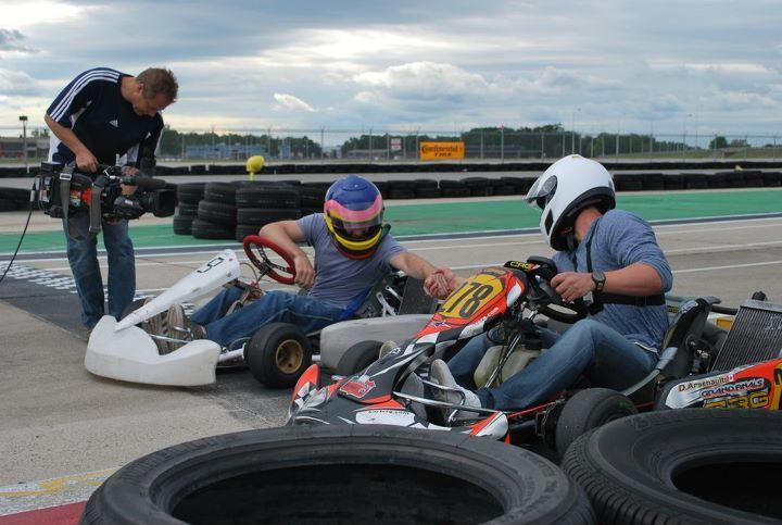 Erik Guay, right, and Jacques Villeneuve get ready to race. (Photo: Daniel Lavallée)
