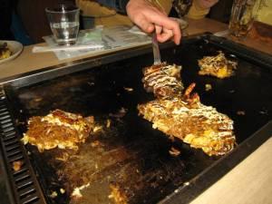 Dinner time at an Okonomi-Yaki restaurant in Niseko (photo: FTO/Tony Crocker)