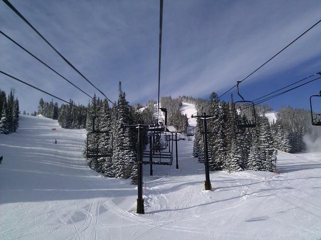 Airman Snowboarder Dies at Eldora