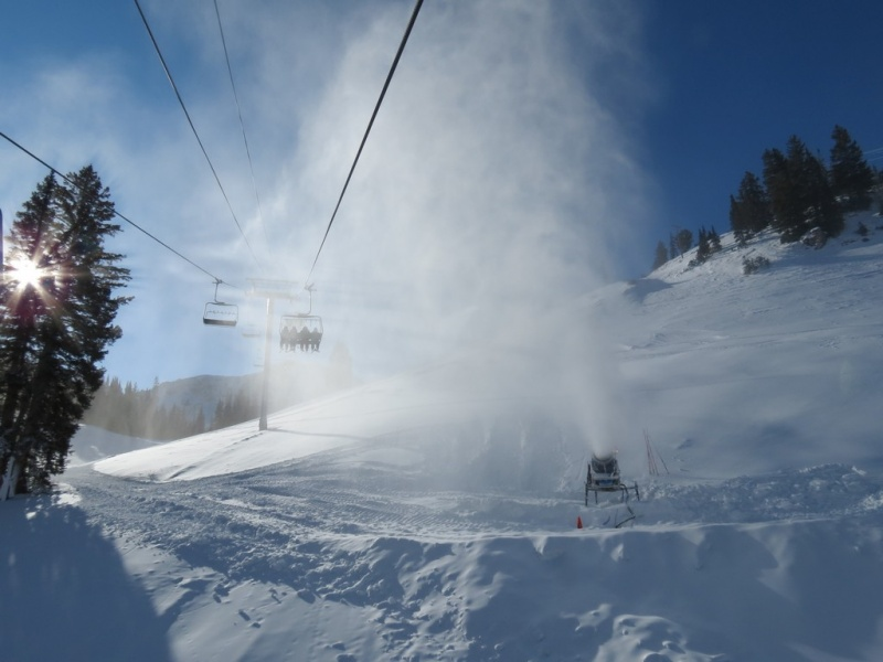 Resorts across the U.S. relied upon snowmaking in December to keep skiers coming. (photo: FTO/Marc Guido; Location: Alta Ski Area, Utah)