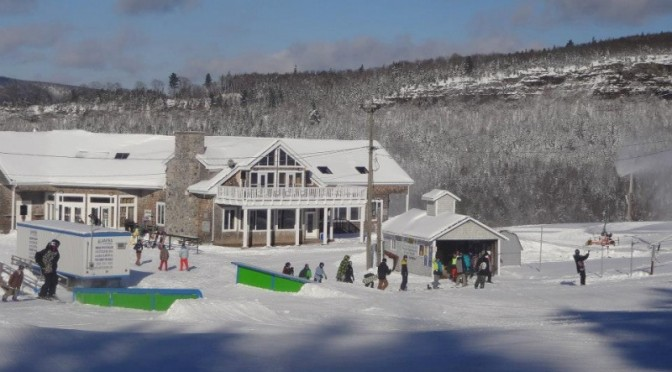Fire Destroys Base Lodge at Canadian Ski Area