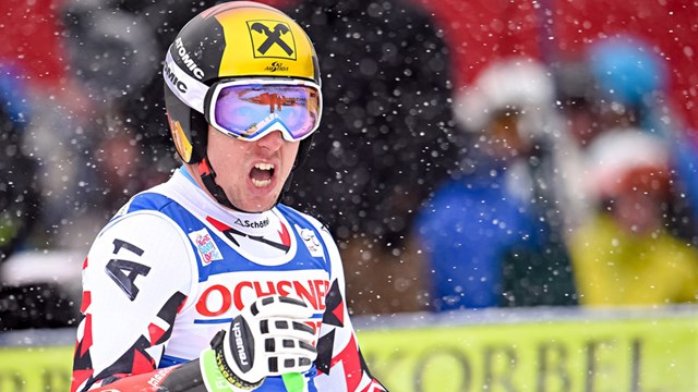 Austria's Marcel Hirscher scores victory in Saturday's World Cup super G in Beaver Creek, Colo. (photo: FIS/Agence Zoom)