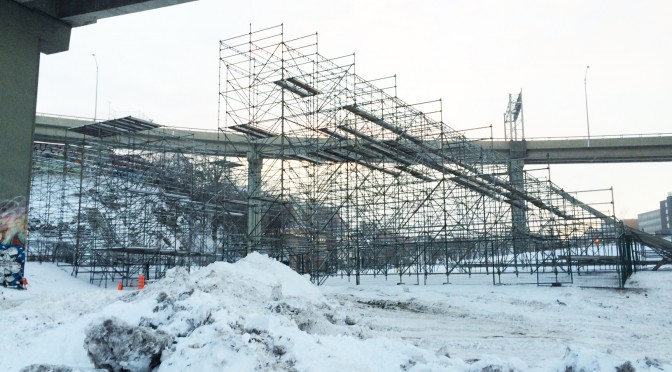 Construction is already underway in Quebec City to build the Big Air ramp for Snow Jamboree 2016. (photo: Gestev)
