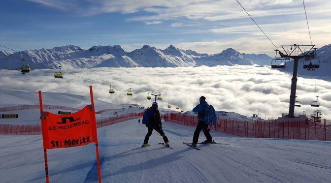 Fog in St. Moritz Scrubs Men's Downhill Training