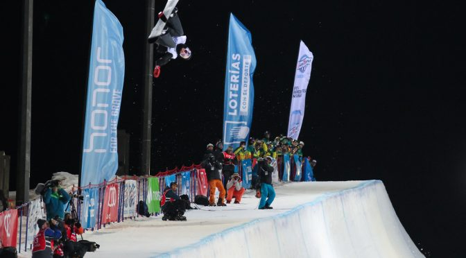 Australian snowboarder Scotty James competes in the halfpipe finals on Saturday night at the 2017 FIS Snowboard World Championships in Sierra Nevada, Spain. (photo: FIS/Oliver Kraus)